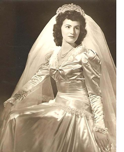 Vintage 40s Style Wedding Dresses : Picture wedding dresses from the s they styles like this